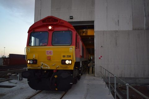 First steel train in new facility London Thamesport, operated by DB Cargo UK for Tata Steel. Photo credit: DB Cargo UK