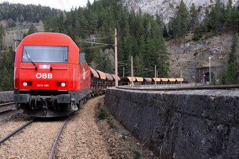 An OBB freight train