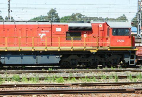 Transnet locomotive. Photo: Bob Adams