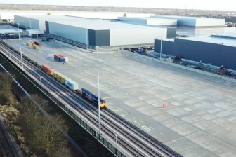Image: iPort Rail