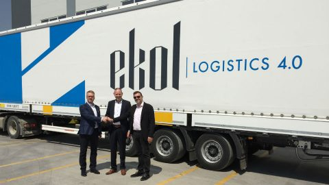 Ekol Logistics and Blue Water Shipping shake hands. Photo: Ekol Logistics