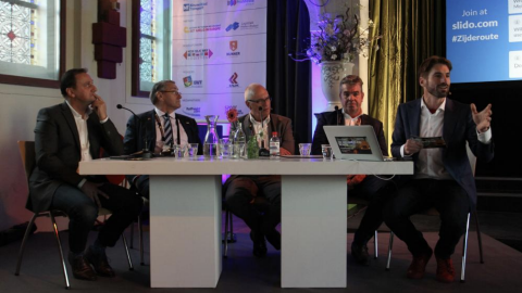 Panel logistics providers at the New Silk Road Conference