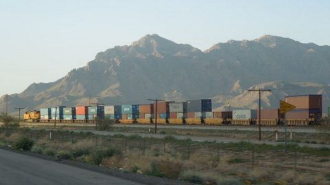 Freight double-stack train in USA, source: Wikipedia