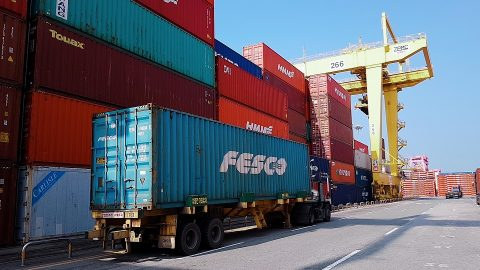 Container terminal at port of Pusan, source: RZD Logistics