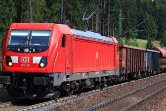DB Cargo train in Romania, source: DB Cargo
